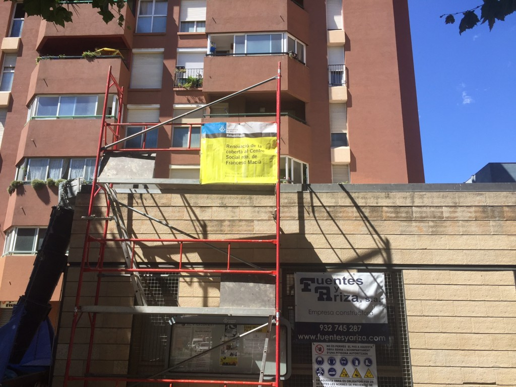 Entregamos Centre Social Francesc Macia ( Ajuntament Mataro)